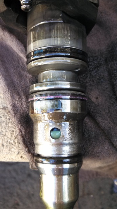 leaking fuel injector seal  leaking  free engine image for